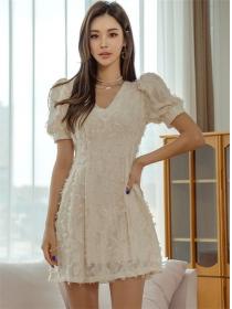 Pretty Fashion V-neck Feathers Puff Sleeve A-line Dress