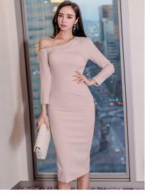 Modern Lady Chain Off Shoulder Long Sleeve Bodycon Dress