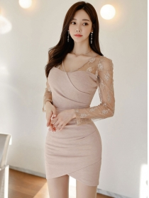 Fashion Spring V-neck Lace Splicing Pleated Slim Dress