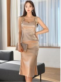 Wholesale Sexy V-neck Straps Fishtail Slim Satin Dress