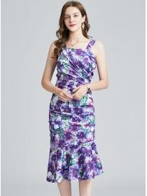 Charming Lady Pleated Flowers Fishtail Slim Straps Dress