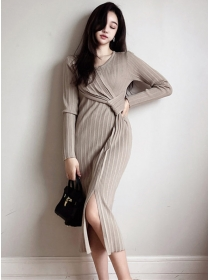 Spring Wholesale Twisted Waist Pleated Knitting Dress