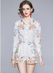 Lovely Wholesale Flowers Blouse with Tie Waist Short Pants