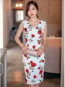 Pretty Sexy V-neck Flowers Bodycon Tank Dress