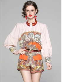 Retro Europe Puff Sleeve Flowers Short Two Pieces Suits