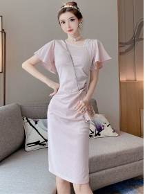 Modern 2 Colors Rhinestones V-neck Pleated Slim Dress