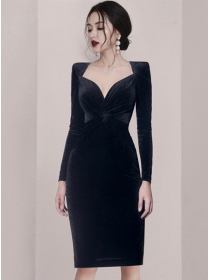 Elegant Fashion Twisted Waist V-neck Slim Velvet Dress