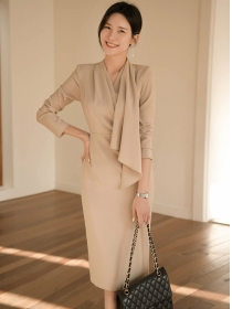 Modern Lady 2 Colors V-neck Bodycon Long Sleeve Dress