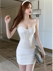 Hot Lady 2 Colors Gauze Pleated Padded Straps Dress