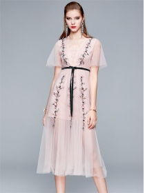 Wholesale Europe 2 Colors Embroidery Fluffy Gauze Dress