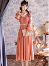 Retro Charming Flowers Embroidery V-neck Long Dress