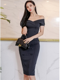 Modern Lady Boat Neck Double-breastes Stripes Slim Dress