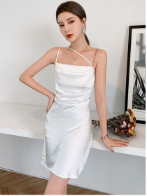 Sexy Summer 2 Colors Backless Pleated Straps Dress