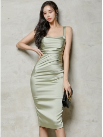 Wholesale Summer Fitted Waist Pleated Straps Women Dress