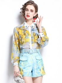 Hot Sell Beads Rhinestones Flowers Blouse with Short Pants