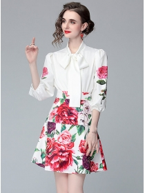 Grace Women Tie Collar Blouse with Flowers A-line Skirt