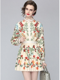 Retro Europe High Waist Pleated Flowers Dress Set