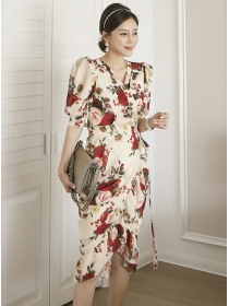 Charming Retro Tie Waist V-neck Flowers Pleated Dress