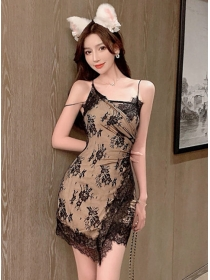 Retro Sexy Straps Lace Flowers Slim Dress