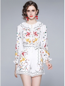 Lovely Europe Flouncing Collar Flowers Short Suits