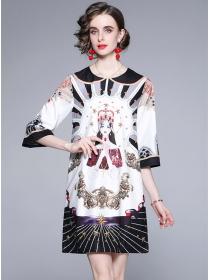 Europe Retro Round Neck Printings Loosen A-line Dress
