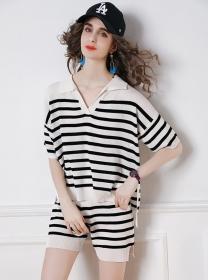 Summer Fashion 2 Colors V-neck Stripes Knitting Short Suits