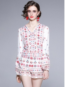 Summer Fashion V-neck Flowers Women Short Suits