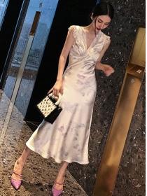 Charming Retro Lace V-neck Flowers Slim Long Dress