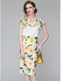Lovely Europe Flouncing Collar Flowers Slim Dress Set