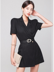 Modern Lady Tailored Collar Fitted Waist Short Jumpsuit