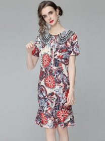 Retro Charming Doll Collar Flowers Fishtail Loosen Dress