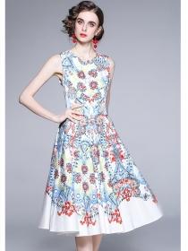 Pretty Fashion Round Neck Flowers Flouncing A-line Dress