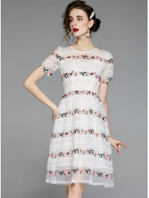 Lovely Fashion Flowers Embroidery Lace A-line Dress