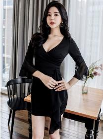 Modern Korea V-neck Flare Sleeve Flouncing Slim Dress