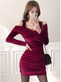 Wholesale Sexy 2 Colors V-neck Pleated Velvet Dress