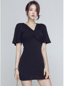 Wholesale Stylish Twisted Bust V-neck Slim Dress