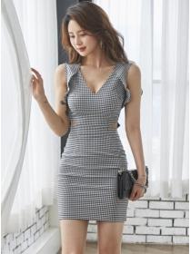 Summer Fashion V-neck Flouncing Shoulder Plaids Slim Dress