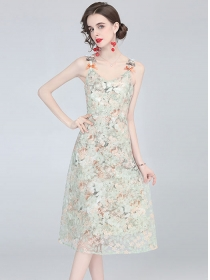 Pretty Lady Flowers Embroidery Bowknot Straps Dress