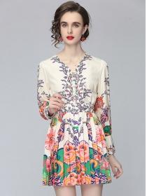 Europe Fashion Tie V-neck Flowers Pleated Dress Set