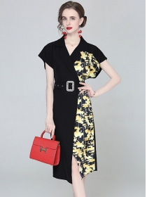 Retro Fashion Fitted Waist V-neck Flowers Batwing Dress