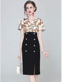 Modern Lady Flowers V-neck Double-breasted Slim Dress