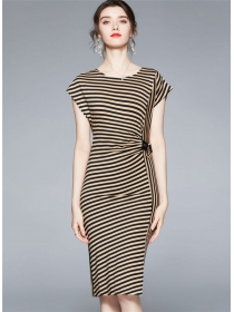 Classic Fashion 2 Colors Round Neck Stripes Slim Dress