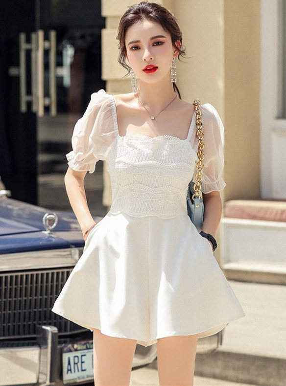 Preppy Fashion Lace Square Collar Puff Sleeve Short Jumpsuit