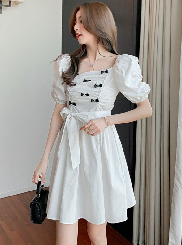 Summer Fashion 2 Colors Bowknot Pleated Puff Sleeve Dress