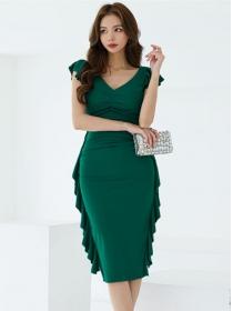 Modern Wholesale V-neck Flouncing Pleated Slim Dress