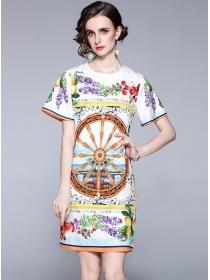 Retro Europe Round Neck Wheel Flowers A-line Dress