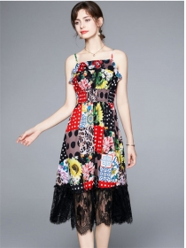 Pretty Elastic Waist Lace Splicing Flowers Straps Dress