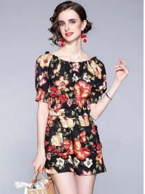 Summer Hot Boat Neck Short Blouse with Flowers Pants