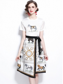 Vogue Lady Tie Waist Horse Printings Two Pieces Dress