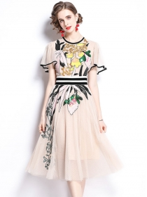 Europe Hot Selling Sequins Flowers Embroidery Gauze Dress